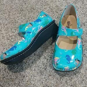 Alegria Kid Vin 393 size 5 shoe